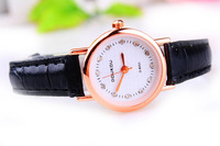 2013 new fashion OL Commercial charm female table. Black strap. The rose gold watch case. Multicolor choose free shipping