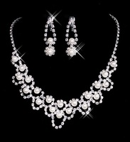 Beautiful bride accessories Pearls bridal necklace earrings set wedding accessories free shipping