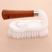 2014 New Thick wooden handle scrubbing brush scrub-brush wash brush 14*7.5cm free shipping