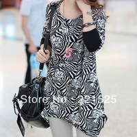 Free shipping!2013 black and white flower print plus size loose t-shirt personalized fashion medium-long maternity shirt