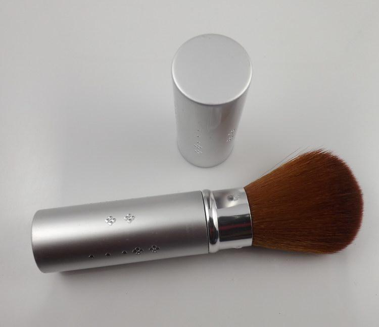 (Min order is $9.5) 2013 sallei blush brush powder brush retractable blush brush cosmetic brush 694(China (Mainland))