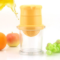 free shipping Revitalization of mini manual juicer multifunctional fruit juicer baby fruit juice press hand