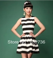 Free  shipping  women brand design  fashion  Sleeveless restoring ancient ways black  white patchwork  tight fit  dres