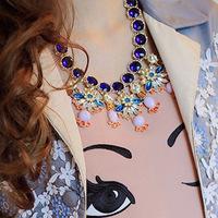 European and American big flower pendant necklace European and American style luxury shipping over $ 10