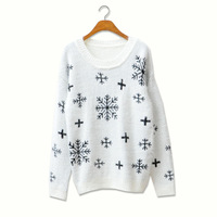 2013 autumn winter thick sweater mohair long-sleeve knitted sweater Snowflake sweater furry long Hair