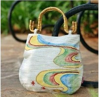Coloured drawing or pattern handbag