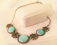 Foreign trade bohemian retro green opal necklace with flower multi-element necklace female short paragraph  N21