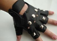 2013 sliver rivets punk rock hip-hop half finger gloves short rivet glove Black Men's leather Gloves