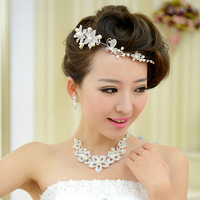 The bride accessories rhinestone bride jewelry set of three pieces the wedding hair accessory necklace earrings wedding
