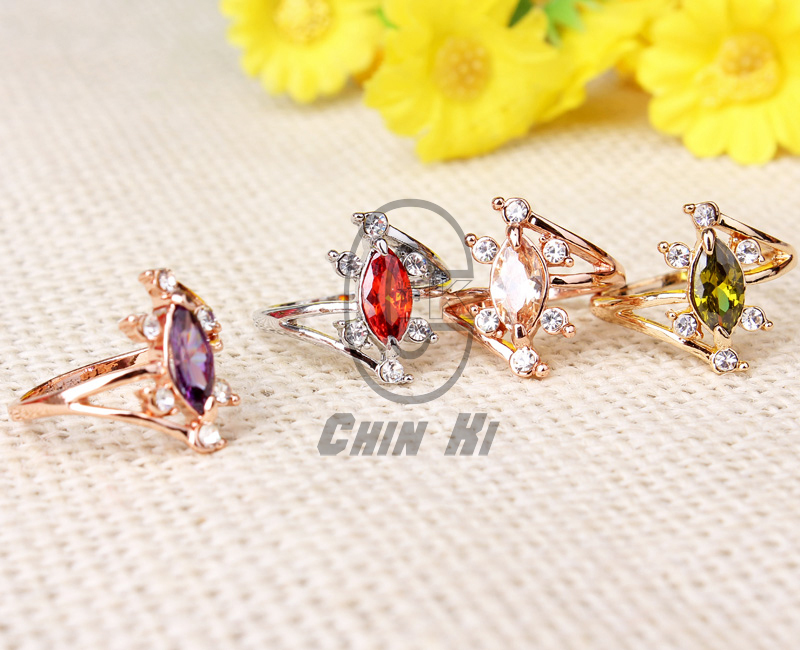 inlaid double crystal shape ring 6 small crystal 1 big crystal ring Petals middle crystal ringJZ1982(China (Mainland))