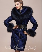 Top!!New Arrival Women's Winter Peacock Dynasty Fashion Large Raccoon Fur Collar Slim High Quality Luxury Down Coats F15247