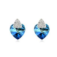 Free shipping Suki female austria crystal stud earring love gift heart blu ray