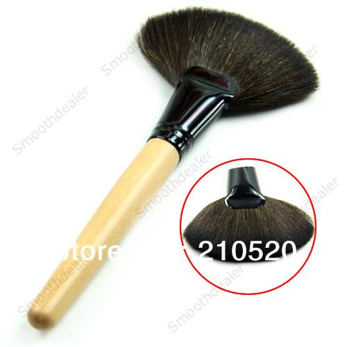 Promotion! Multifunction Bamboo Handle Makeup Brush Fan Shape Loose Paint Blush Powder Tool 1098#(China (Mainland))
