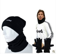 Winter sports outdoor sports soccer scarf fleece scarf hat gloves windproof mask sets
