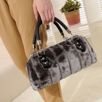 Fashion winter new style hot sale rabbit fur woven handle design handbag velvet women bag/totes /shoulder bag WLHB691