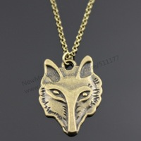 NewMe Boutique - 31*24mm vintage wolf pendant necklace,  45cm brass chain+5cm extension chain (N20017)