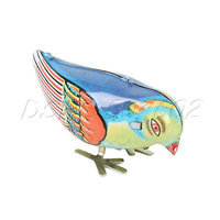 Retro Wind up Clockwork Pecking Song Bird Magpie Iron Collectible Toy
