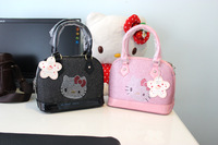 Fashion Hello Kitty Handbag / Women bag SIZE: 26CM*12CM*21CM  Pink And Black color  Free Shipping