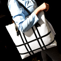 2013 new winter serpentine package European hit color shoulder bag handbag diagonal package Tic Tac Toe grid tide female bag