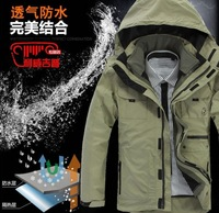 Free shipping, in 2013 the new outdoor sports man jacket, waterproof, breathable, men's sport coat, coat two-piece skiing