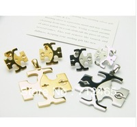 Free shipping+2013 newly arrived pendant with earrings jewelry sets, titanium 316L T home  golden /steel TB33201