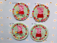 NEW ! 7.0cm piggy  wreath of flowers peppa pig patches embroidered patch beaded applique iron- on patch wholesale 100pcs/lot