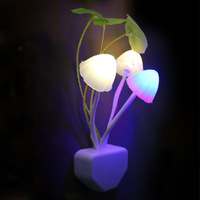 2013 photoswitchable mushroom lamp intelligent led seven color allochroism nightlight ofhead baby lamp