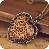 Promotion! Wholesale!  Fashion lady women jewelry vintage leopard print heart alloy necklace   SN151