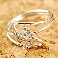 (Min order is $10) Elegant and popular tulip leaf ring