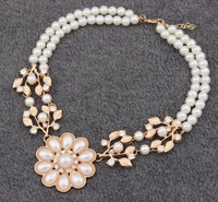 Wholesale 1PC New Design 2013 Fashion Europe United States Exaggeration Imitation Pearl Flower Double Laye Bead Necklace JN64