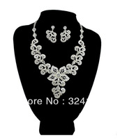 New Arrival Own factory Fashion rhinestone flower Bridal jewelry sets Best gifts for the bride