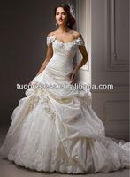 Victorian Style Cinderella Elegant Princess Sexy Applique Sweetheart Winter Bride Wedding Dress Ball Gown 2014 New Fashion