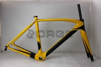 2014 the newest mode Full Carbon Road Bike Frame wholesale carbon  frame  for di2