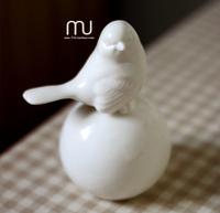 Modern ceramic proud bird ornaments crafts home furnishings European soft model room decorations zakka