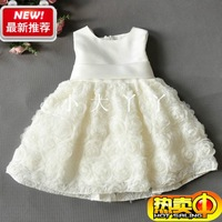 2013 Retail kids children party wedding dresses girls solid red white dress with bow rose flowers dress size 80-140