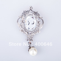 Free Shipping Arinna Brooch with Austria Element P0752