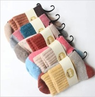 Wholesale 10 Pair/Lot Winter Women New Arrive Warm Cotton Wide Stripes Rabbit Wool Socks Free Shipping A280