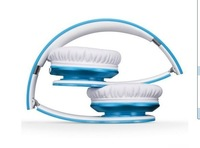 blue headphone with white cushioned model sent via China airmail post