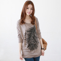Yesvvt2013 autumn feather pattern slim hip long design basic shirt female loose long-sleeve T-shirt