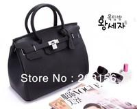 Korean luxury snakeskin pattern black totes real lock sealing women  fashion cheap handbags medium lady handbag Free Shipping