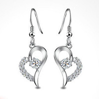 Wholesale Real White Gold Plated Korean Style Fashion Jewelry Crystal Female Hearts Earrings C31 Free Shipping