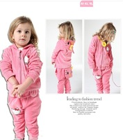 autumn -summer  new Korean version of the cute girls fashion cotton velvet suit KT Cat for girls clothing sets wholesale