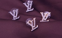 ( Miin order $15) Free shipping 2014 New Fashion Temperament Inlay Full Rhinestone Letter Pattern Earring E1077 E1078  #9149