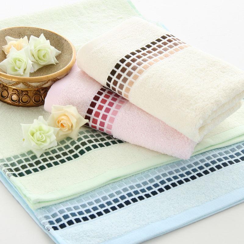Soft anti-microbico bamboo fiber Bath Towel 68x137cm 400g (blue,pink,beige) free shipping(China (Mainland))