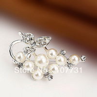 Free Shipping! Hot Sale Wholesale Cheap Quality Fashion Silver Pearl Beautiful Christmas Gift Wedding Brooch Women Brooch