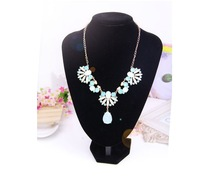 New Fashion 2014 Arrive Europe and America Emerald Flower Fashion gril  Necklace A199