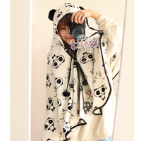 High quality cartoon coral fleece air conditioning blanket at home casual cape