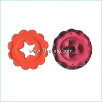 New 2pcs/set Star Shape Cookie Cutter Mold Biscuit Mold Stamp Decorating