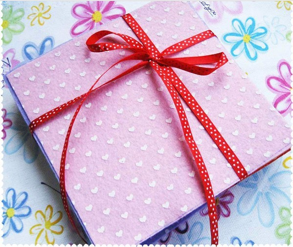 Free shipping(15cm*15cm) 26color/lot polka dots,heart ,flower design printing nonwoven felt fabric, polyester felt(China (Mainland))