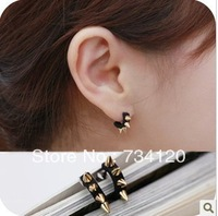 ES113 Min.order is $10(mix order) Light PUNK Style Rivet Ox Horn Mental Earrings Stud . Students Jewellery gift Free shipping